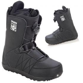 Boots Matrix Atop RAVEN snowboard